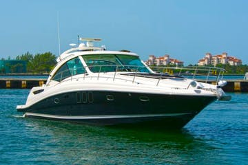 Rental boat in Miami Beach near Miami Beach Marina