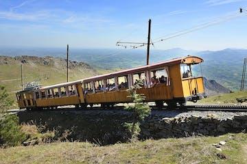 tren de la Rhune en el pais vasco