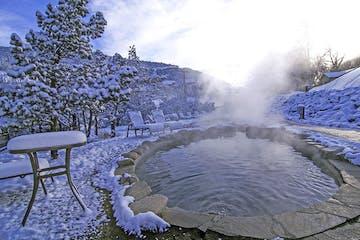 hot springs in winter