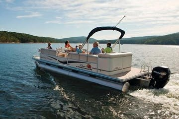 Pontoon Cruising on a lake