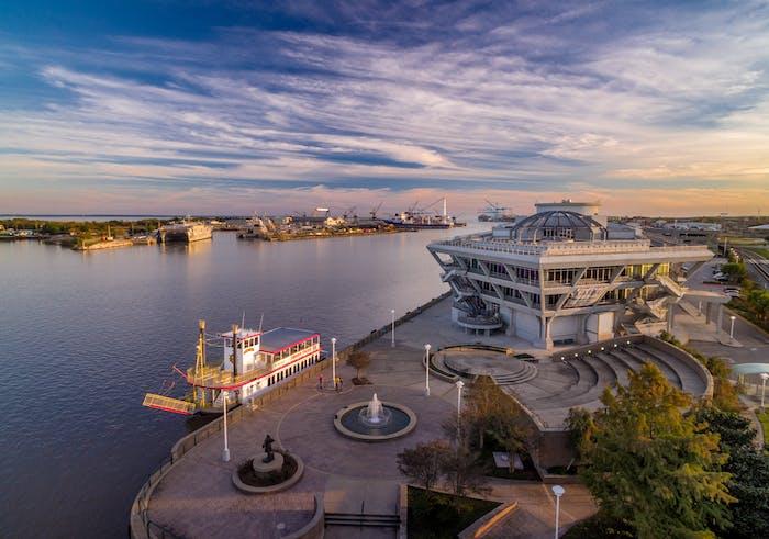 Perdido Queen Mobile Al Dinner Cruise Music And Event Venue