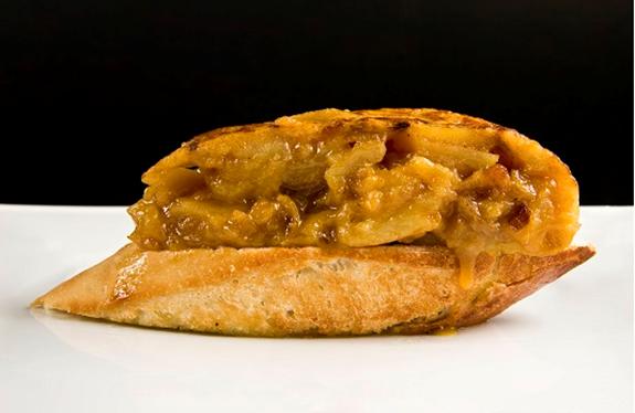 Tortilla de patatas Juana la Loca 2