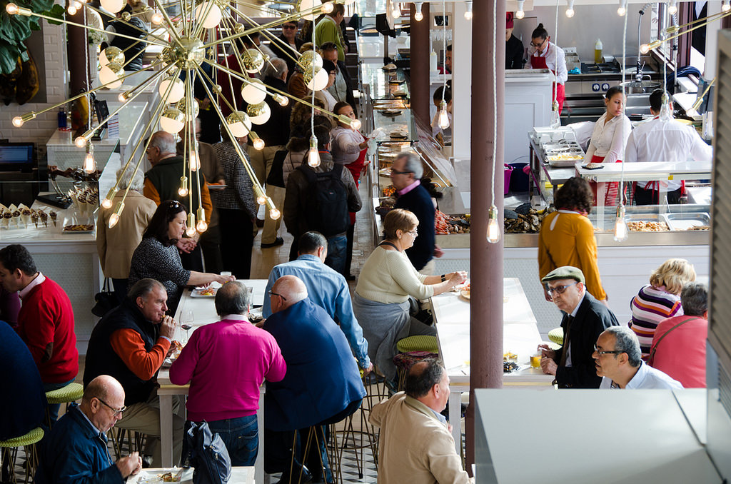 A food market that is a foodie's heaven: Mercado Lonja del Barranco!