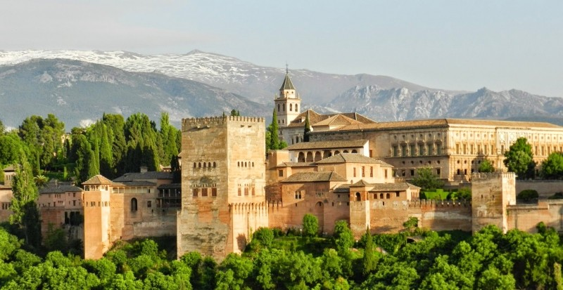 One of the most essential things to do in Granada is visit the Alhambra!