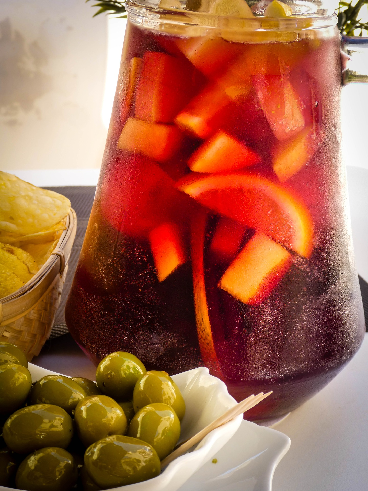 Try this sangria recipe for your next dinner party!