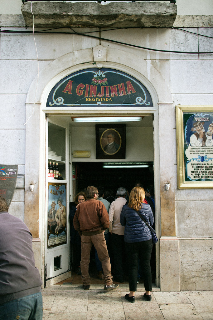 The best drinks in Portugal are where the locals go!
