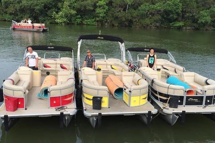 Pontoon Boat Tours On Lake Travis Lake Austin Wave In Water