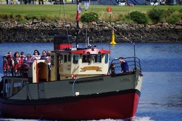 Boat trip in Belfast