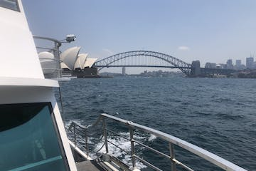 a Harbour bridge