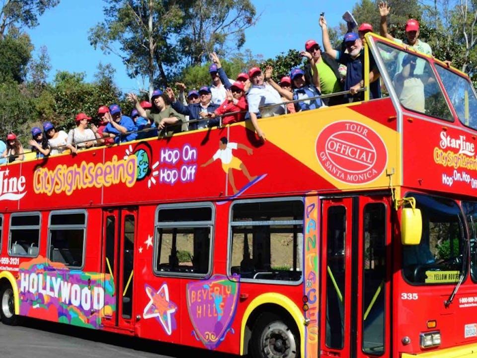 Resultado de imagen para tour en bus hop on hop off