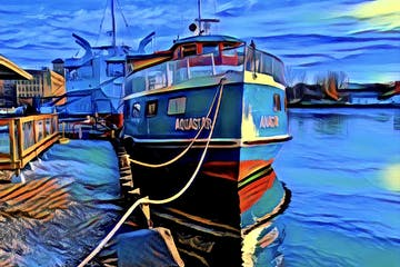 a small boat in a harbor