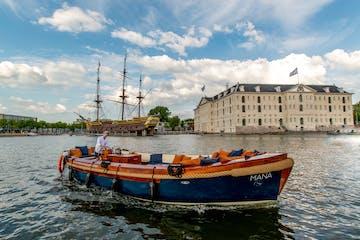 MANA boat cruise Amsterdam