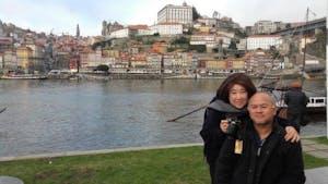 una pareja en el río Duero