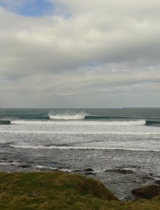 pumping surfing waves in ireland