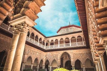Patio del Alcazar de Sevilla