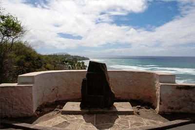 diamond-head-surf-whale-lookout