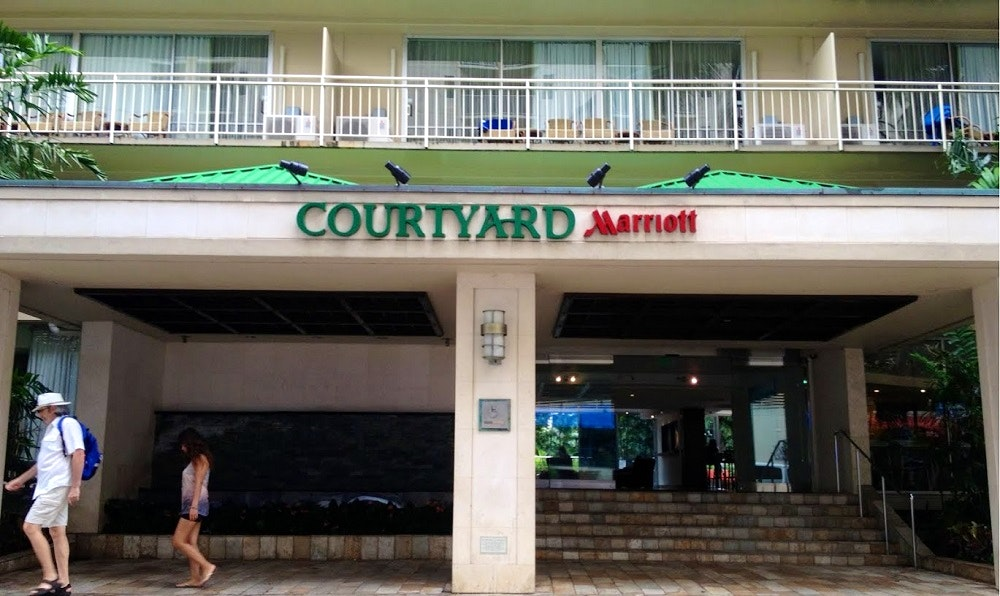 courtyardbymarriott_s