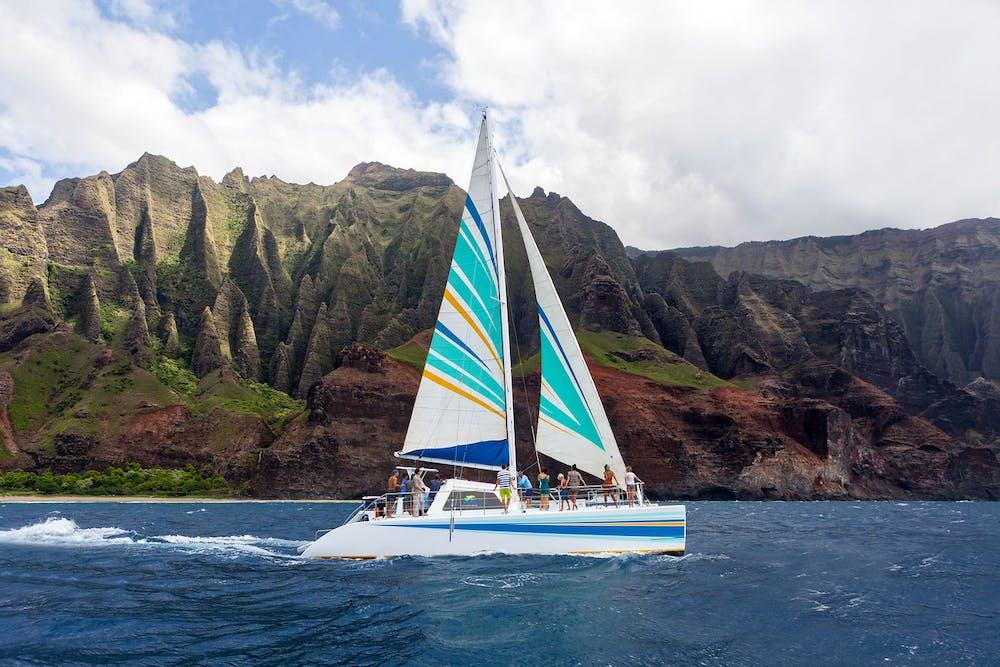 Sailing Napali Coast