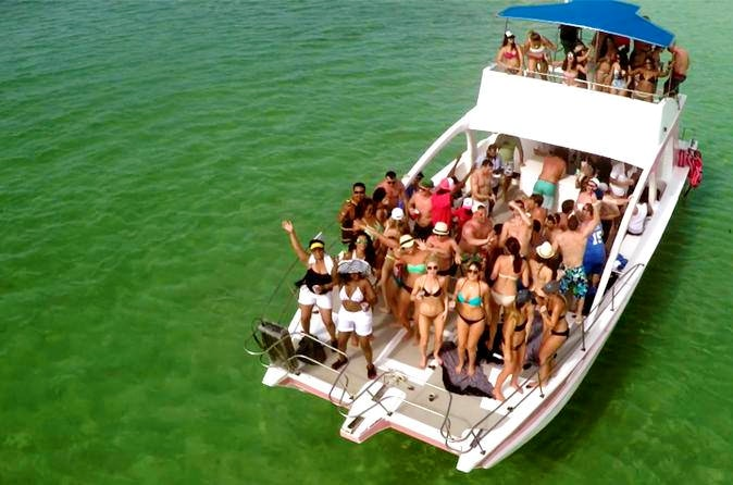 punta-cana-party-boat-9