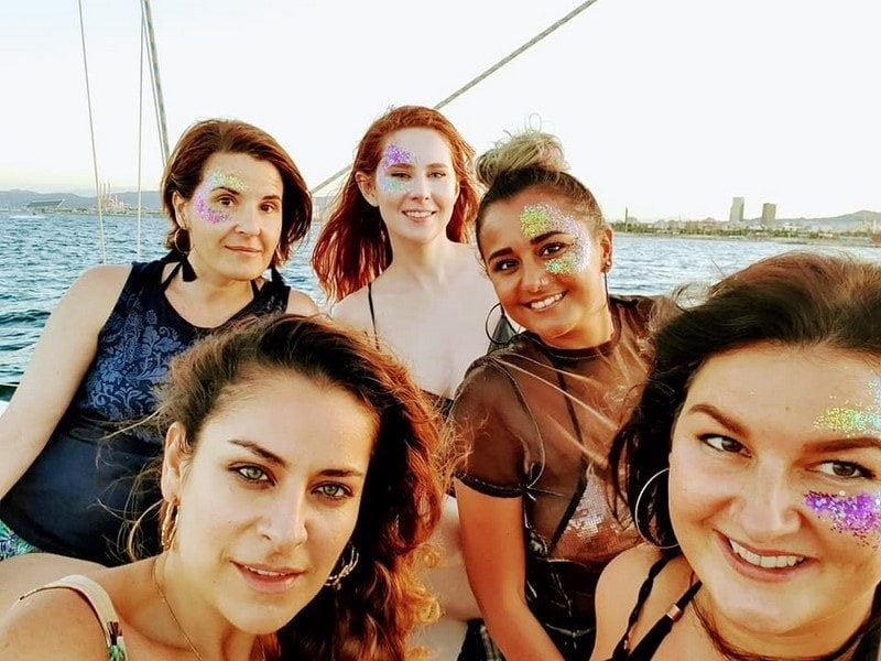 hen group on a boat in Barcelona