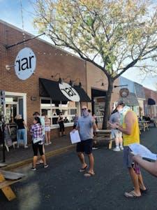 paul waiting in line at rar