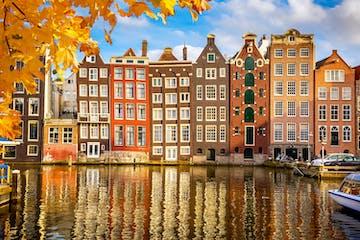 fachadas típicas de casas en Ámsterdam