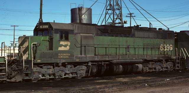 BN freight locomotive 6399