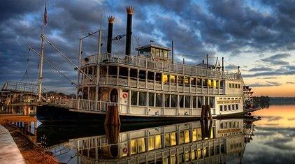 Lake conroe dinner cruise