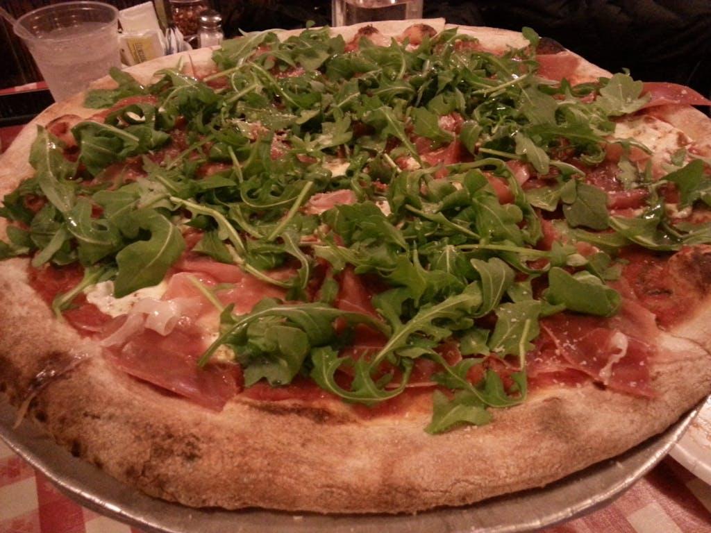 Lombardi prosciutto and arugula pizza
