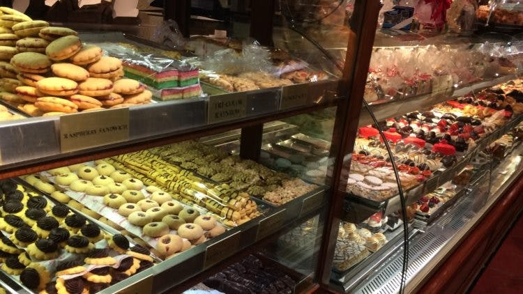 Best Cookies in Chinatown & Little Italy   Ahoy Food Tours