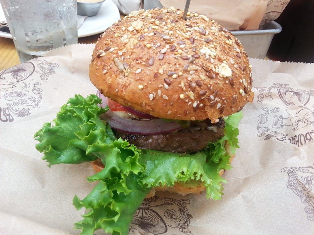 Bareburger California elk burger