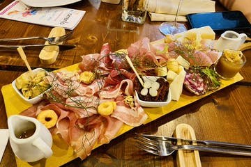 Meat & Cheese board Sorrento Wine Stroll Sorrento Food Tours