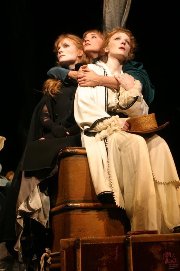 Three sisters in Fomenko theatre