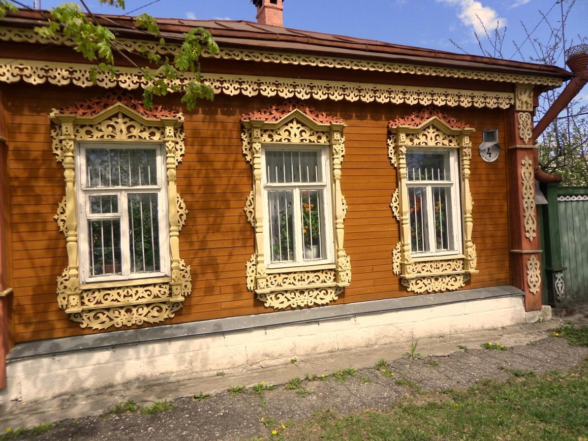 Kolomna is full of simple yet beautiful houses