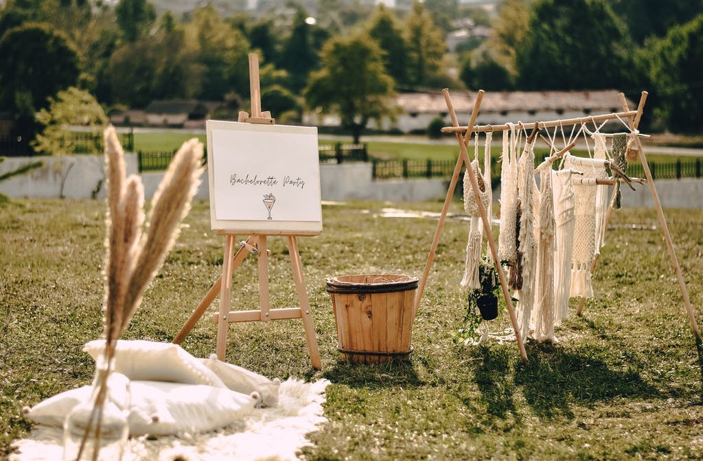 Organizing a party on a ranch is a sure way to surprise the bride at the bachelorette party.