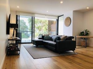 101 Harbourview apartment