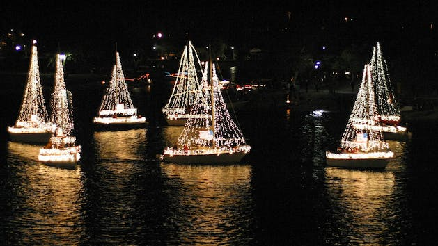 Parade of lights mission bay seaforth boat rentals put on your stockings and warm layers and prepare yourself for some holiday spirit after check in you will begin boarding and meet your captain solutioingenieria Choice Image