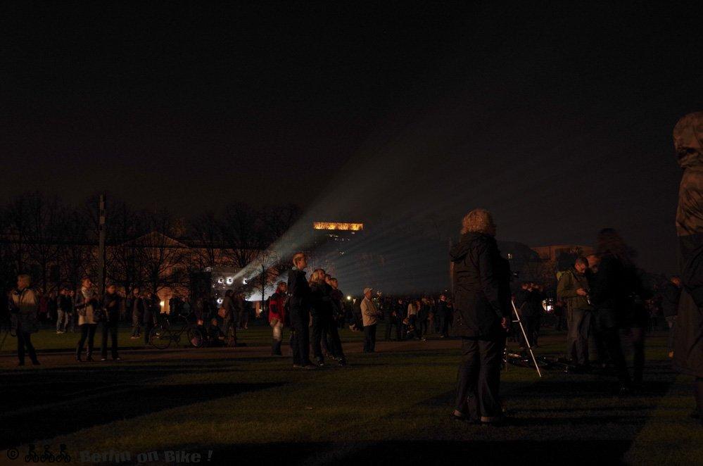 Menschen und Hobby-Fotografen am Lustgarten