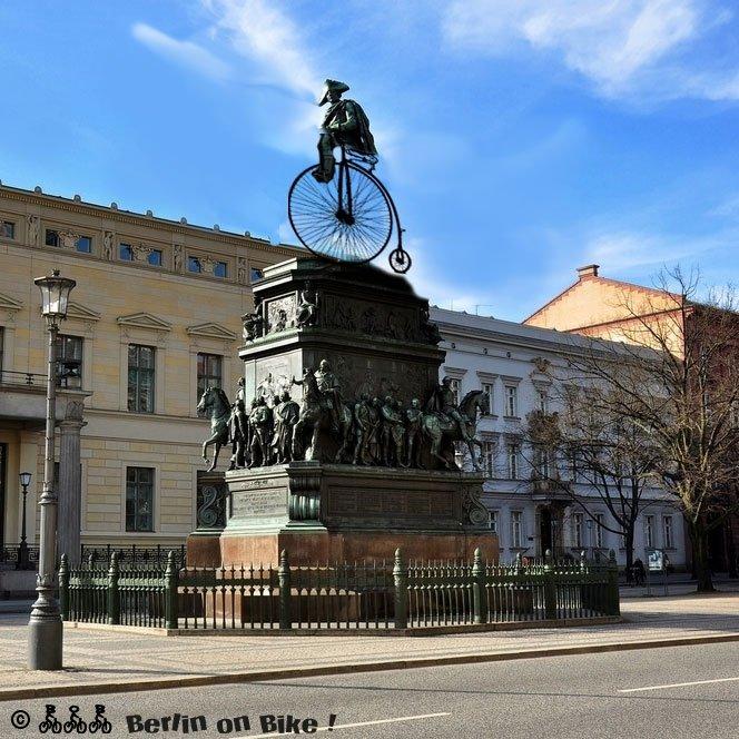 Friedrich II. auf dem Fahrrad
