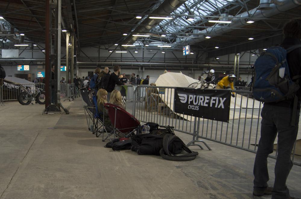 Zuschauer bei Crossbike-Rennen