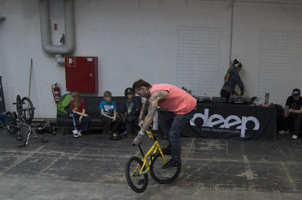 BMX-Biker in Action