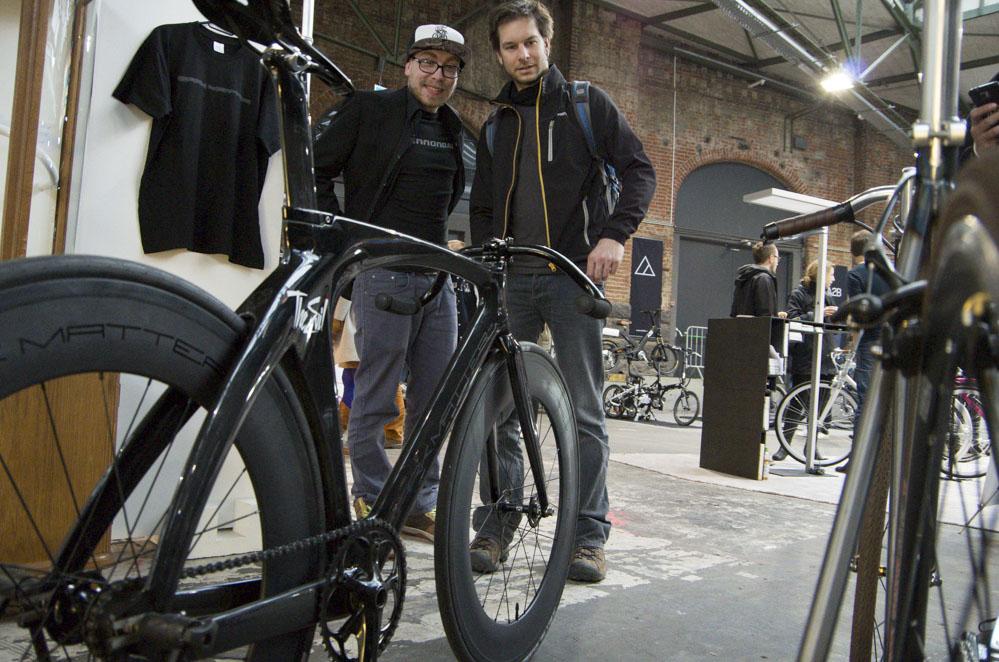 Rennrad mit zwei Männern