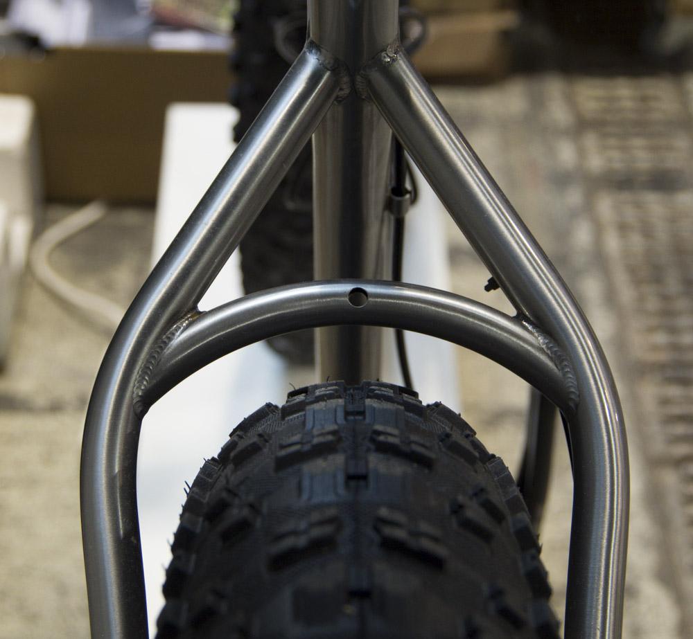 Fahrradbauteil mit Reifen