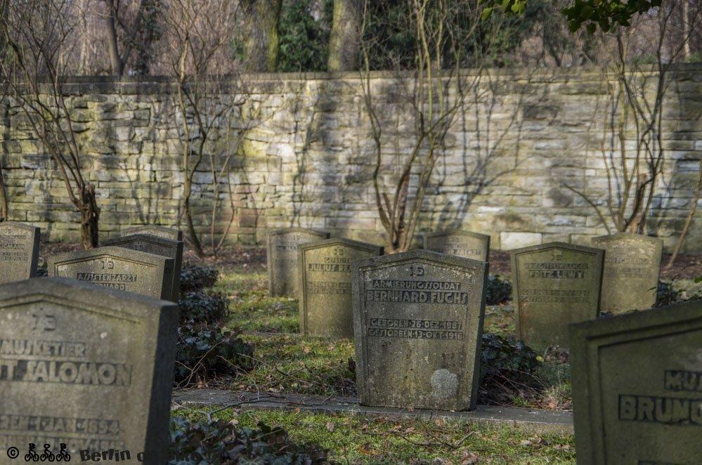 Gräberfeld sind jüdische Soldaten beerdigt, die im ersten Weltkrieg gefallen sind.