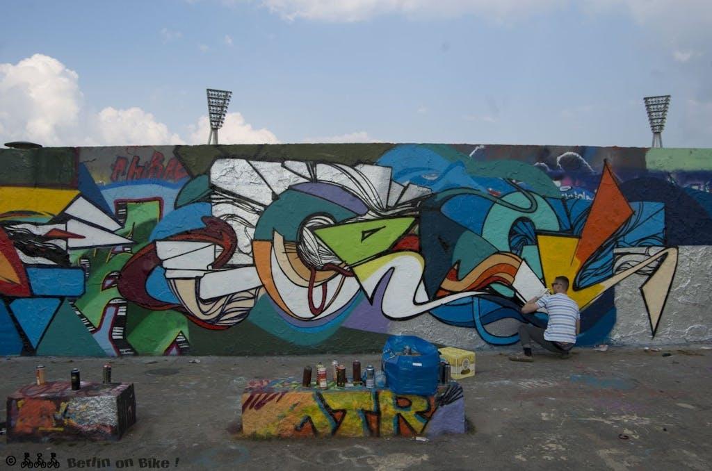 graffiti mauer mann
