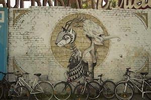 graffiti wand fahhrad