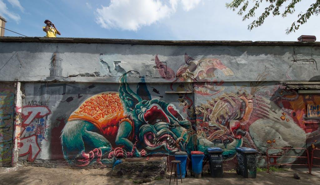 Großes Graffiti im Yaam