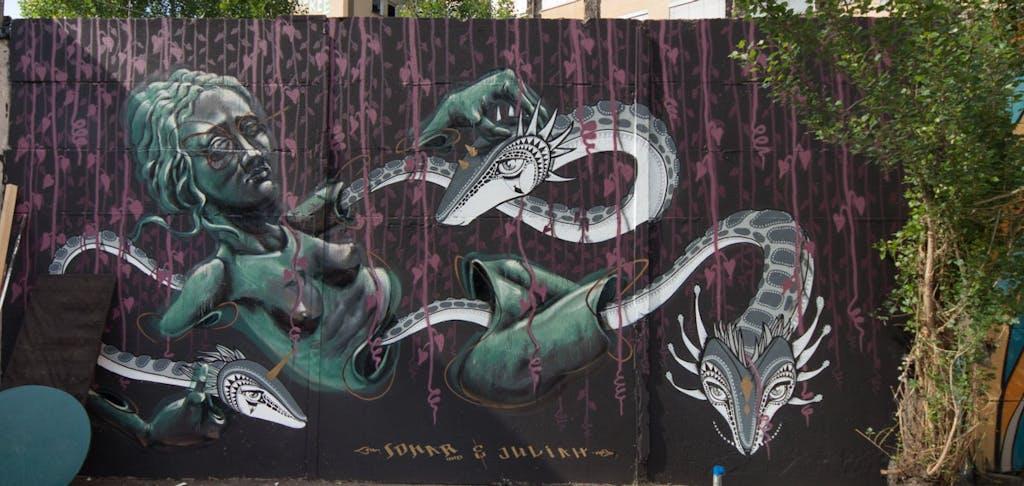 Grafitti im Yaam