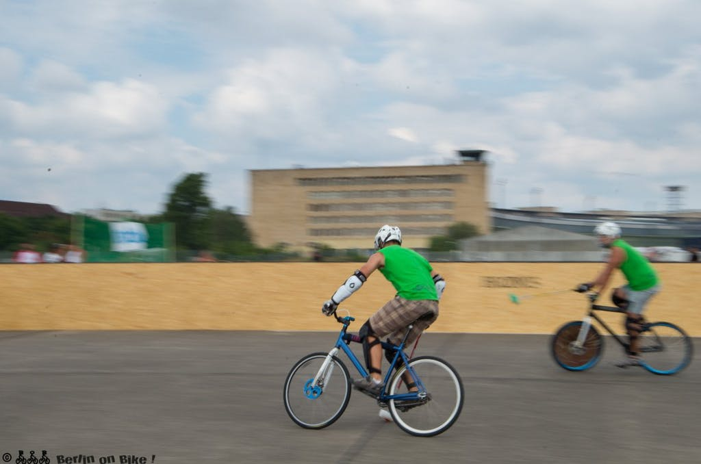 bikepolo-tempelhof-berlin-mixed-international-4531