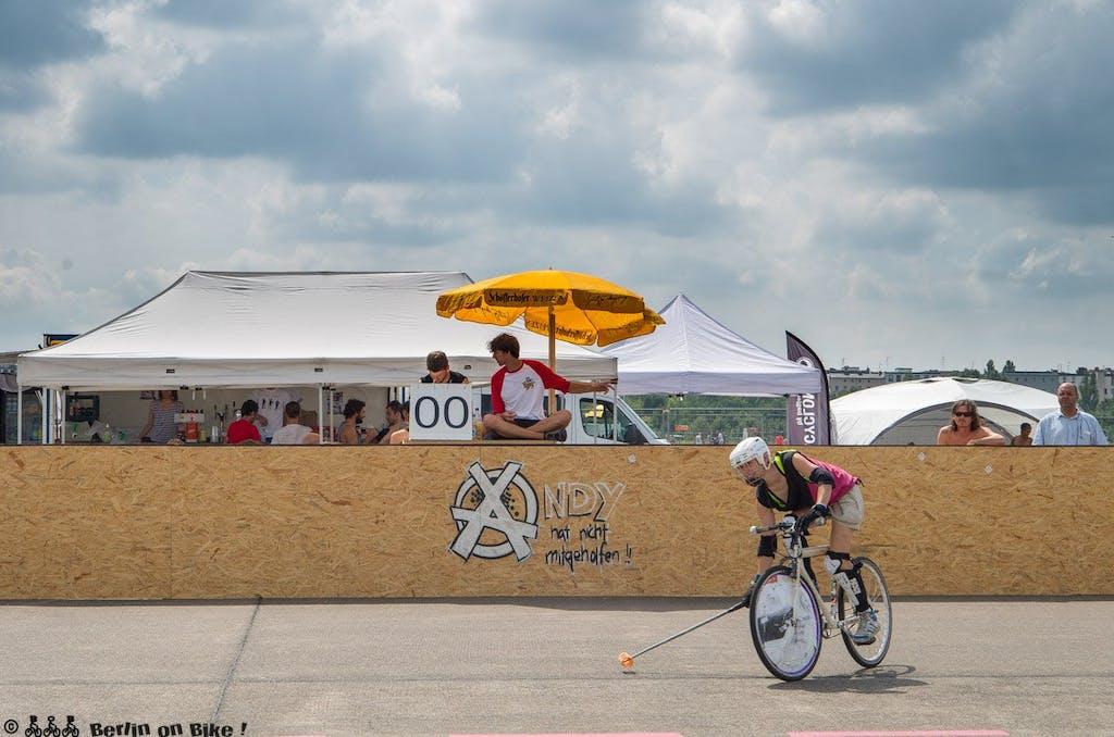 bikepolo-tempelhof-berlin-mixed-international-4395